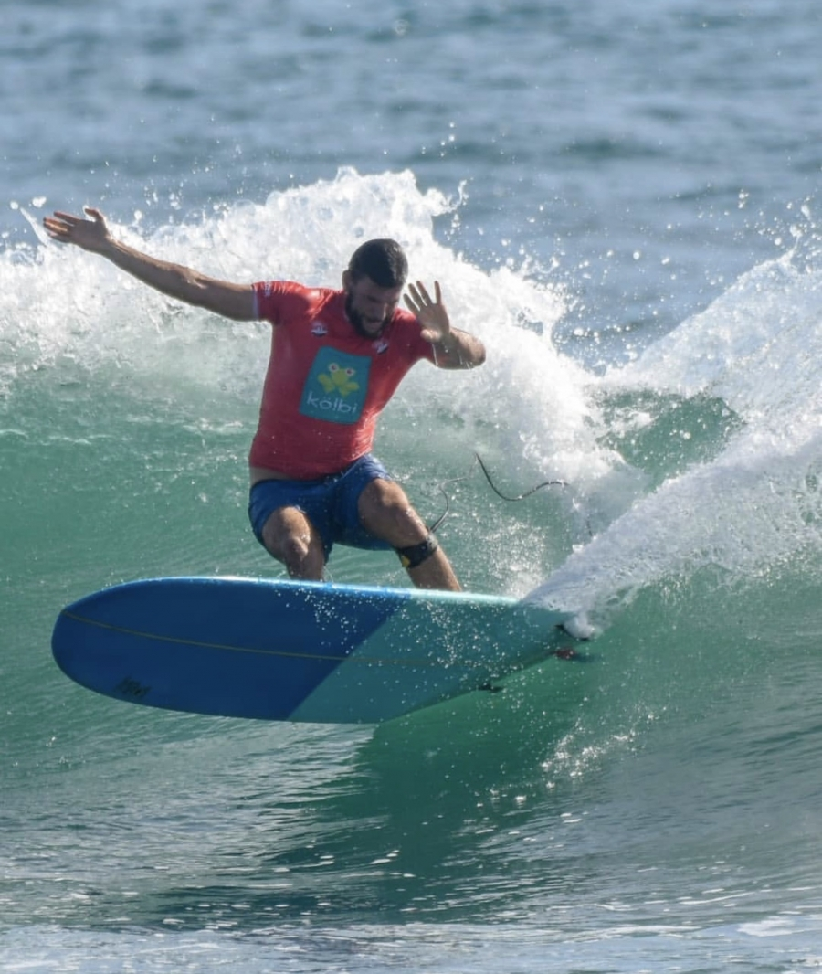 "Daniel takes 2nd place ""Longboard category"" in the Copa Surfing Republica"